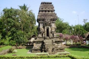 Sejarah Candi Kidal di Malang Lengkap dengan Arsitektur
