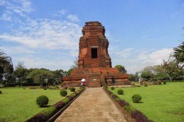 Sejarah Candi Brahu Trowulan Mojokerto Paling Lengkap