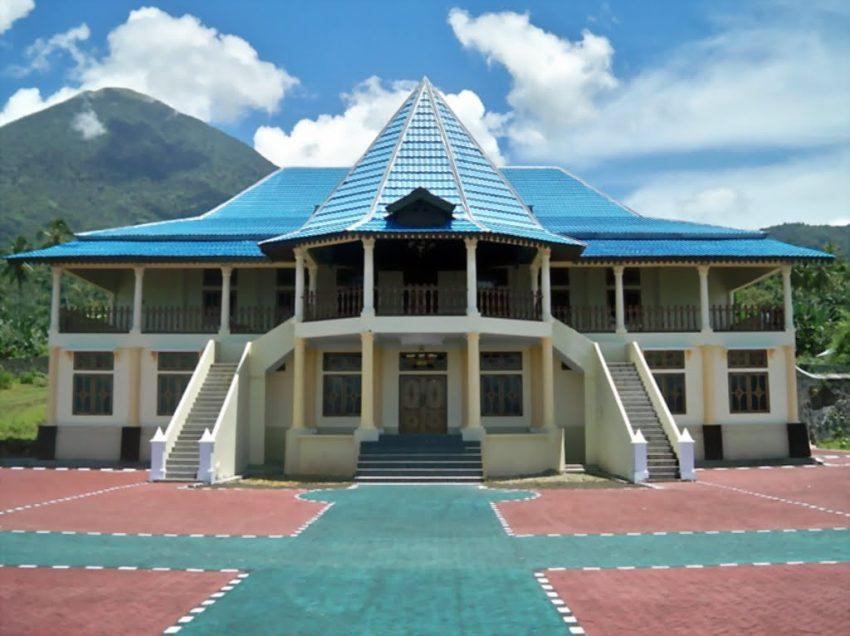 Sejarah Kerajaan Tidore Ternate Beserta Peninggalannya