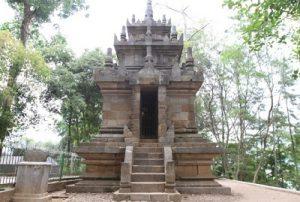 sejarah candi cangkuang