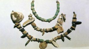 perhiasan zaman neolitikum