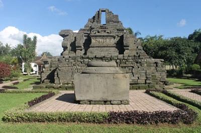 Sejarah Candi Jago Malang Lengkap Beserta Penjelasannya
