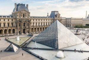 Sejarah Museum Louvre